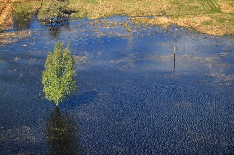 Волга из гондолы нижегородской канатной дороги
