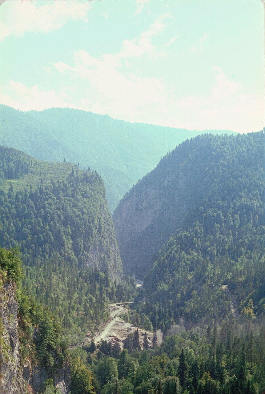 Абхазия. Ущелье Юпшара