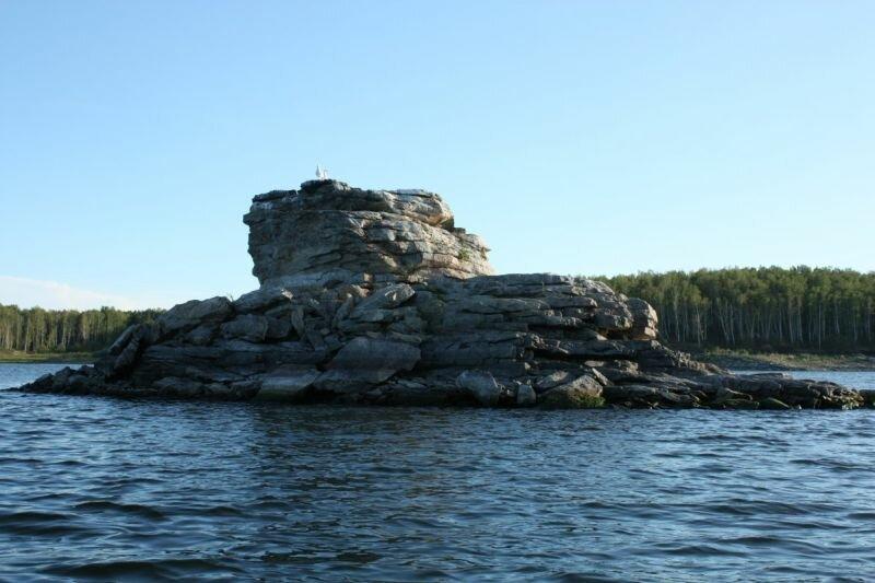 Причудливая форма островов (30.05.2013)