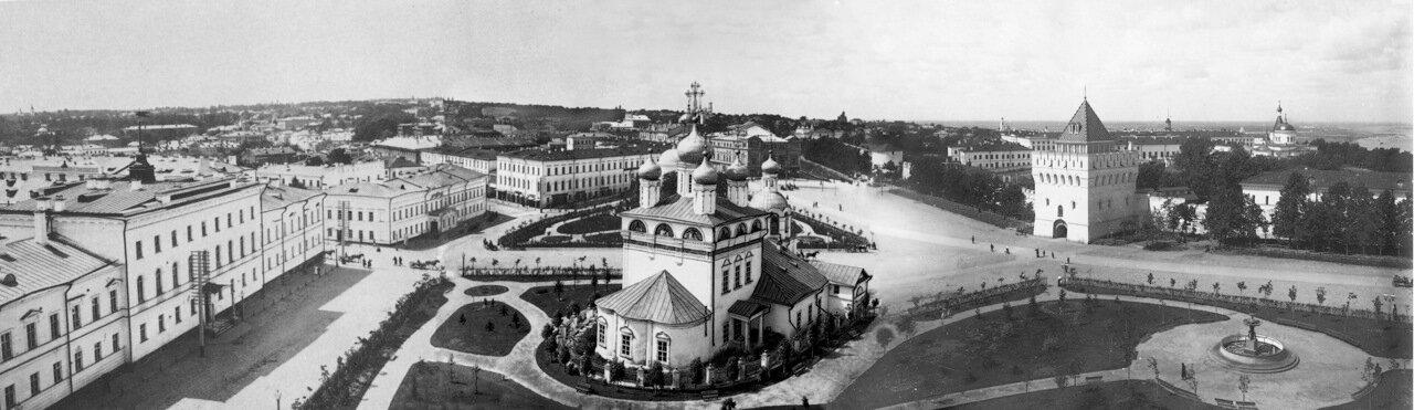 Благовещенская площадь с балкона хорового училища им. Л. Сивухина, 1896 год.