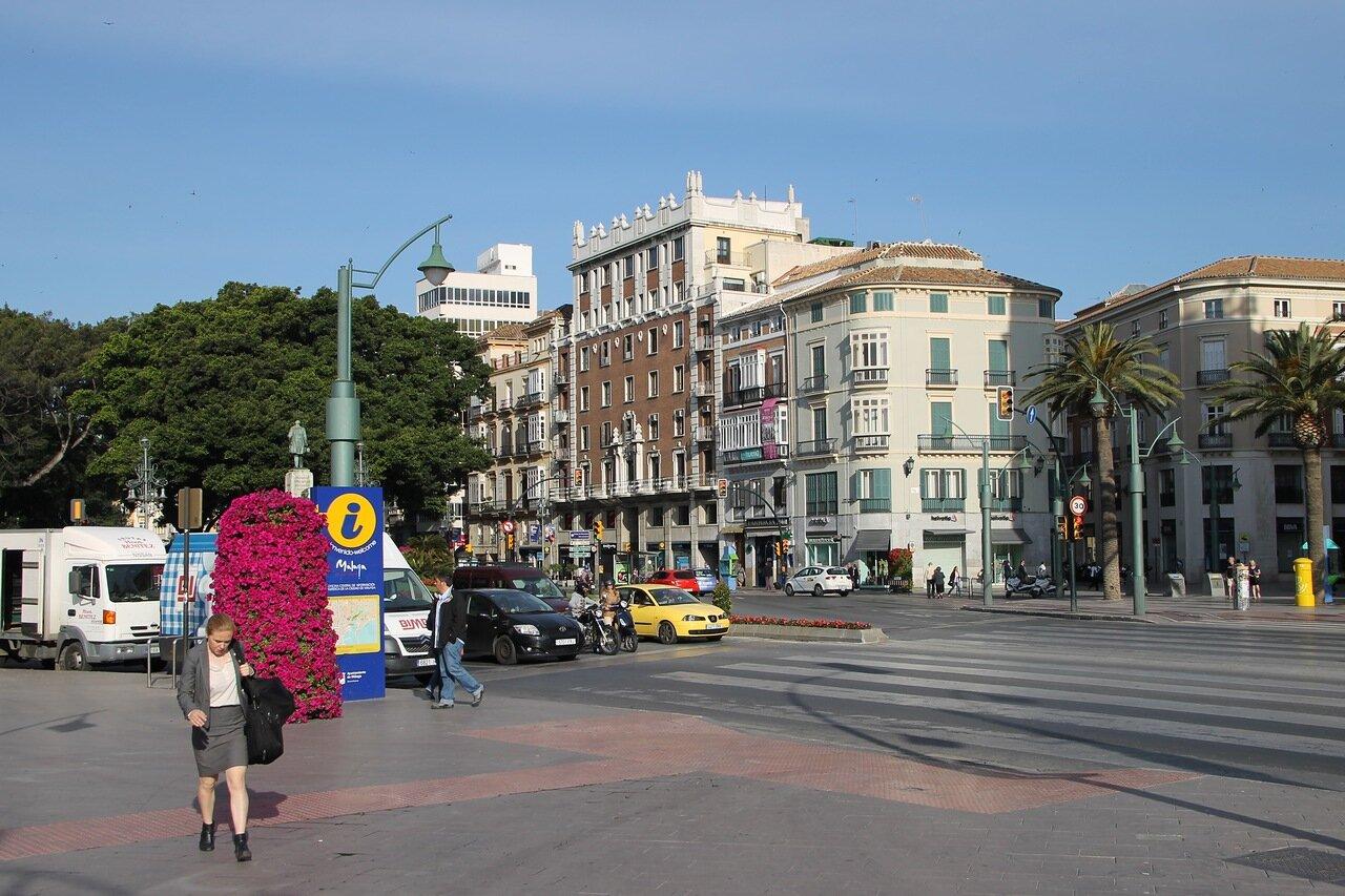 Малага. Морская площадь (Plaza de la Marina)