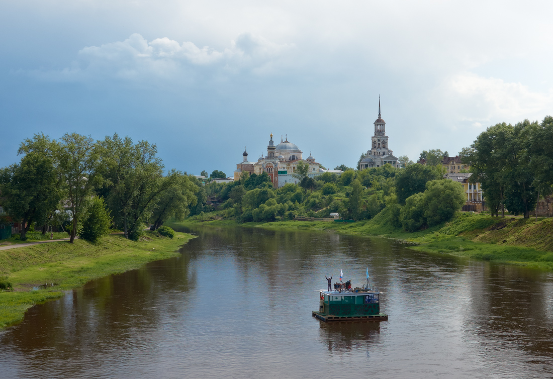 По реке, по Тверце...