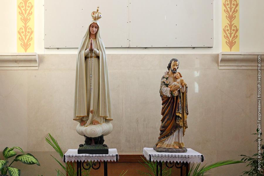 фото Католический храм Воздвижения Святого Креста