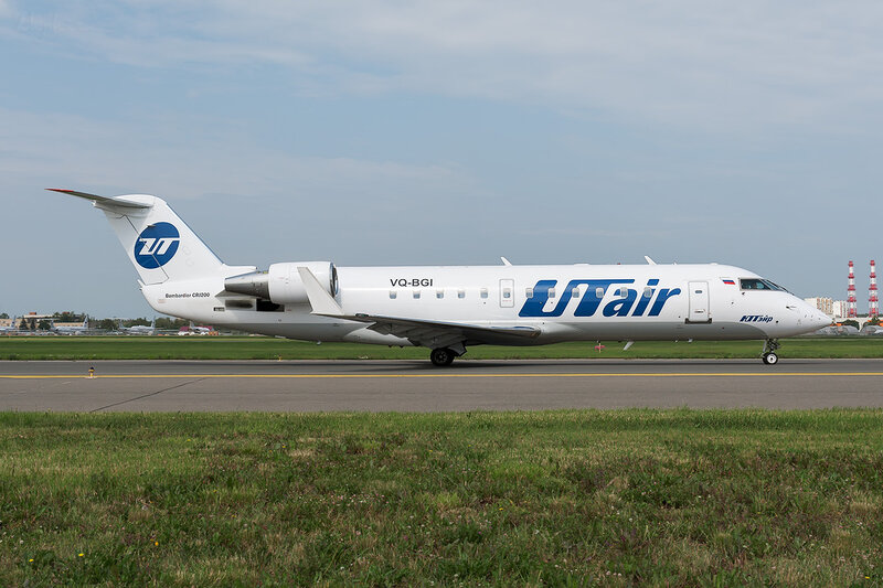 Bombardier CRJ-200LR (VQ-BGI) ЮТэйр DSC_1510