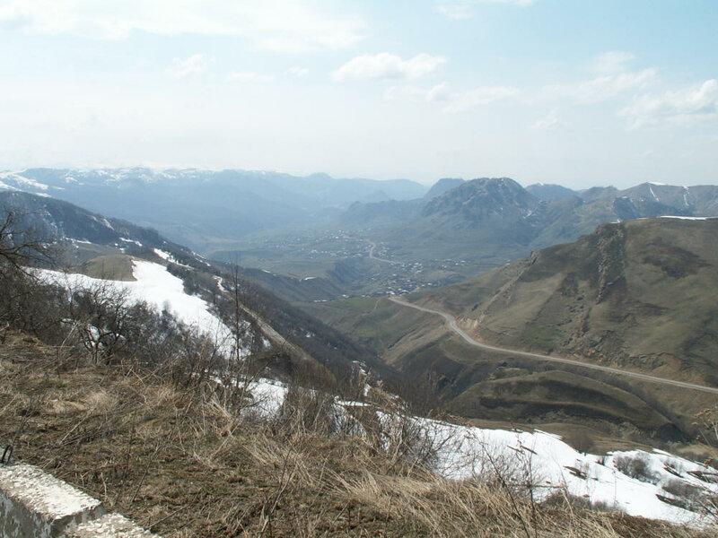 029 Дорога на спуске с перевала Гумбаши