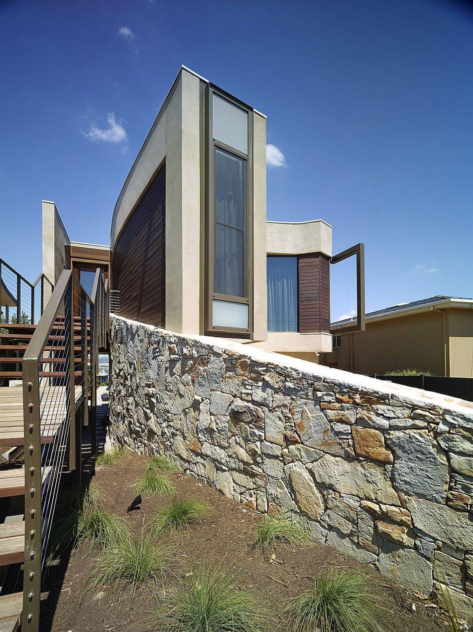 Hill House с видом на океан в Австралии