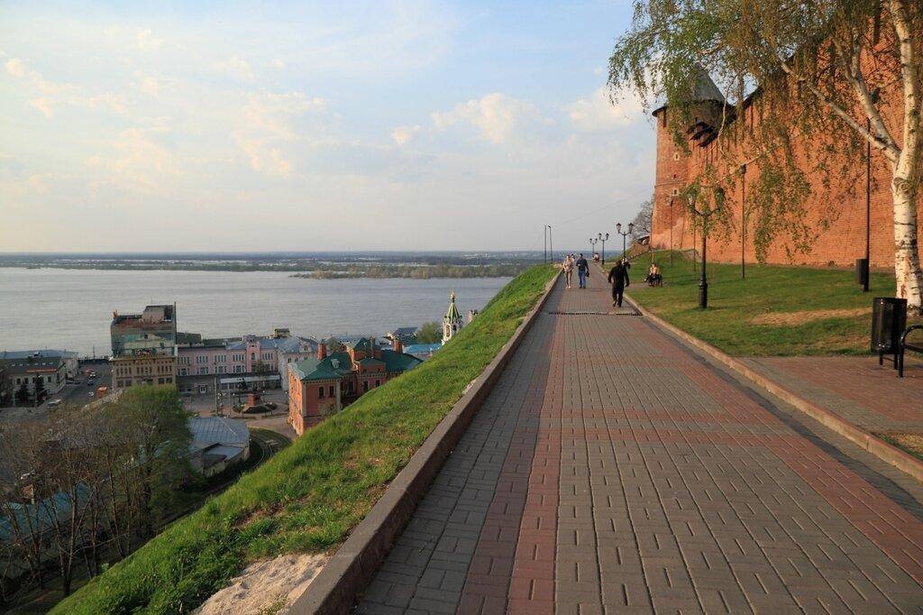 Стена между Тайницкой и Северной башнями, Нижний Новгород, Волга