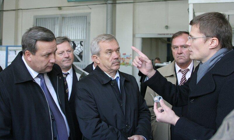 Заводу автотракторного электрооборудования провел для губернатора председатель совета директоров этого предприятия