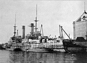 Эскадренный броненосец «Князь Суворов» в достройке на Балтийском заводе, 1903