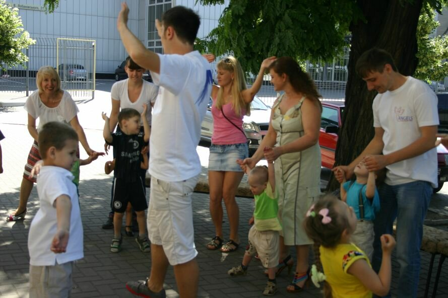 Запорожские «Ангелы» подарили малышам праздник (ФОТО), фото-1