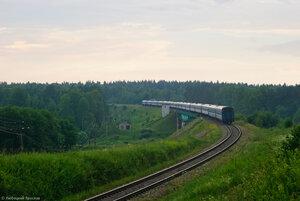 Мост через р. Угра и поезд № 75 Москва - Гомель - Брест, перегон Волоста-Пятница - Угра