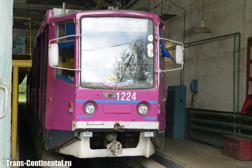 Трамвай 71-619   в депо в Нижнем Новгороде