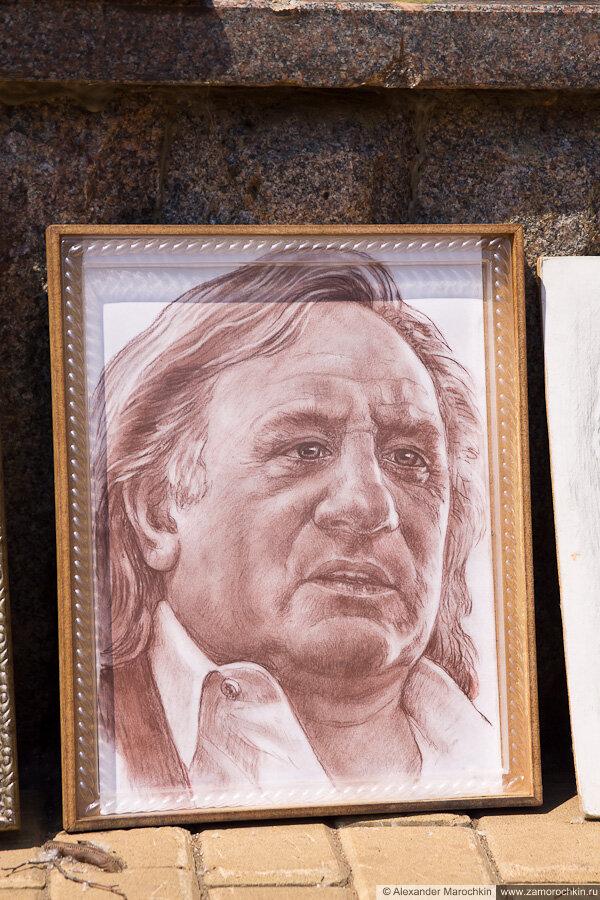 Графический портрет Жерара Депардьё