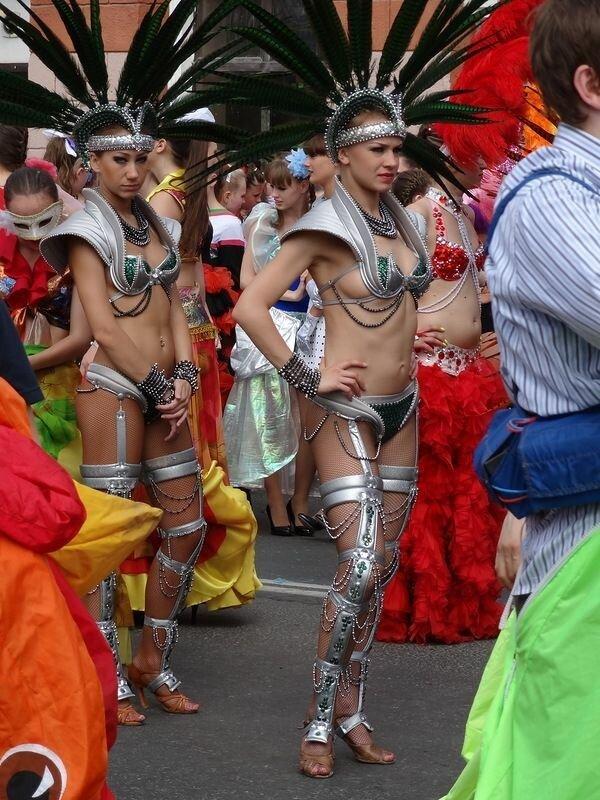 Карнавал в Перми: почти что Рио-де-Жанейро
