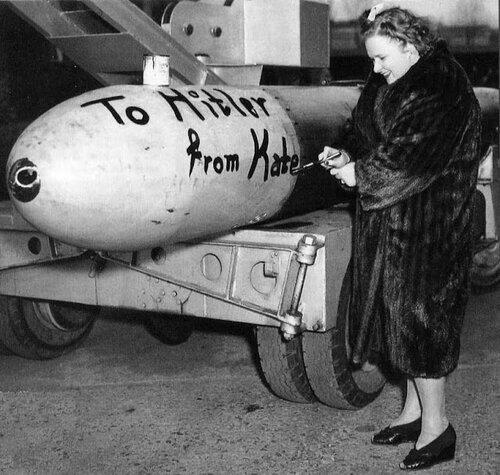 Кейт Смит, 1943г.
