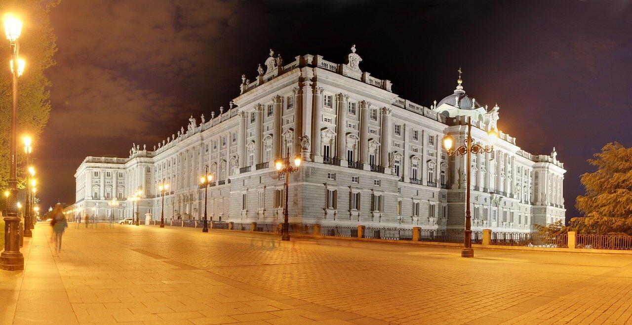 Night Madrid. Royal Palace, East facade.