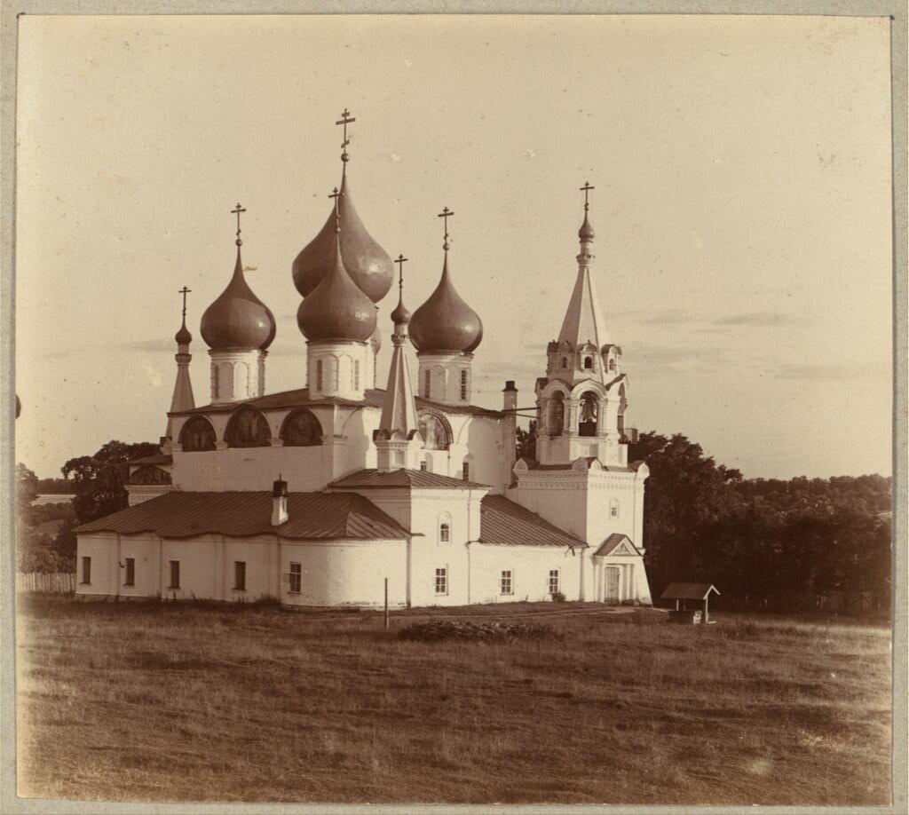 Воздвиженская церковь в Романове. 1910