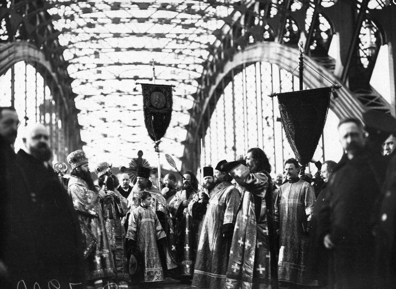 Охтинский мост им. императора Петра Великого. Молебен по случаю его открытия. 21 10 1911г.