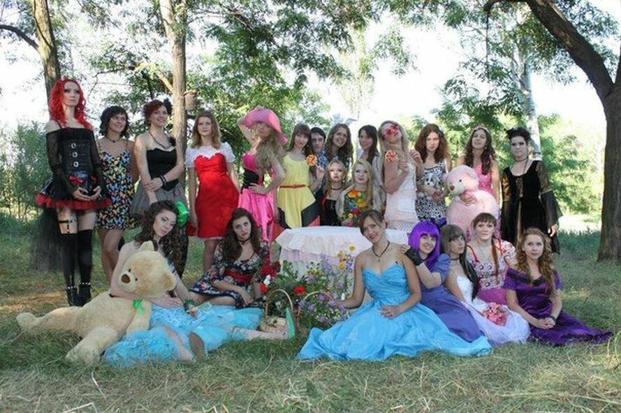 В запорожском парке «ожили» куклы (ФОТО), фото-1
