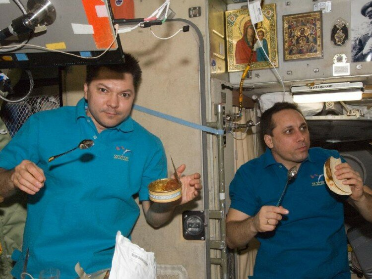 На космической станции