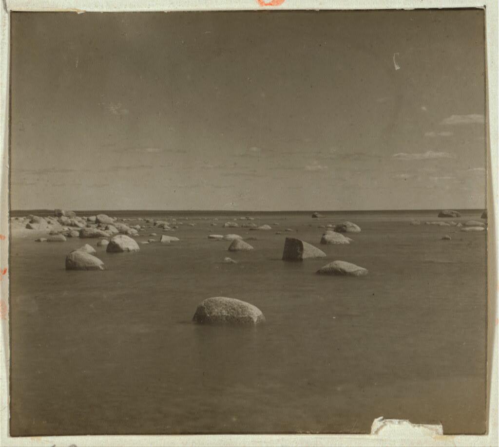 Море у мест. Мецакюля. 1902 - 1904.