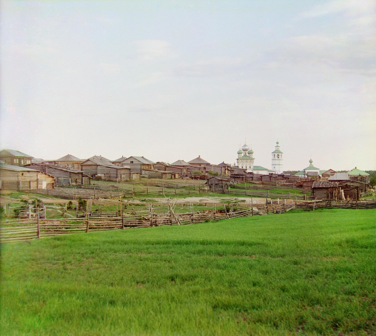 Общий вид на село Ныроб с севера. Не ранее 1912.