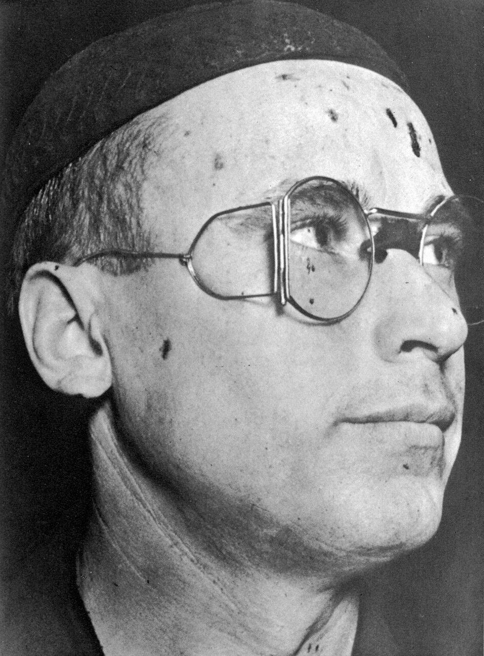 1935. Кузнец А Бусыгин.