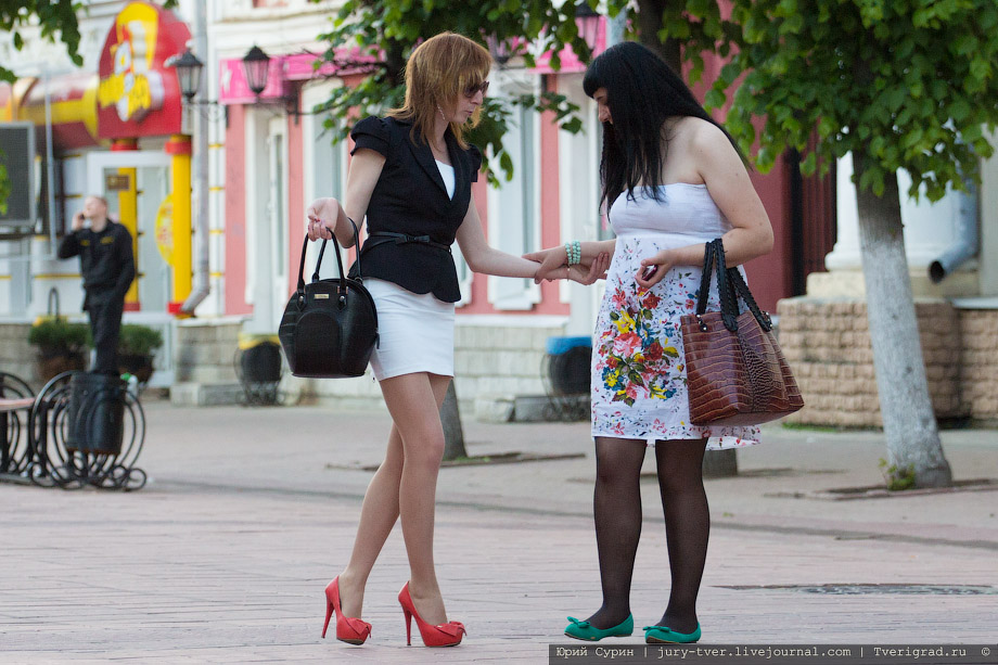 Смотреть порно с красивыми девушками в чулках на высоких каблуках в высоком качестве 13 фотография