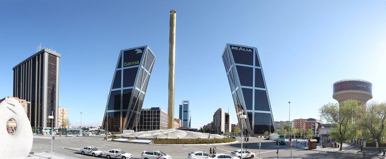 Мадрид. Площадь Кастилии (Plaza de Castilla)