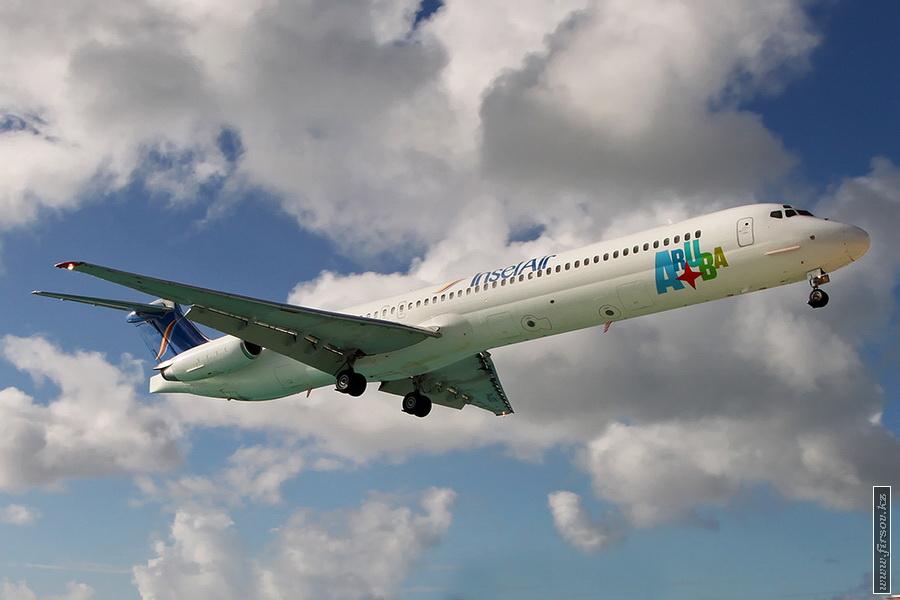 MD-82_PJ-MDD_InseAir_5_SXM_for_zpsd5617854.JPG
