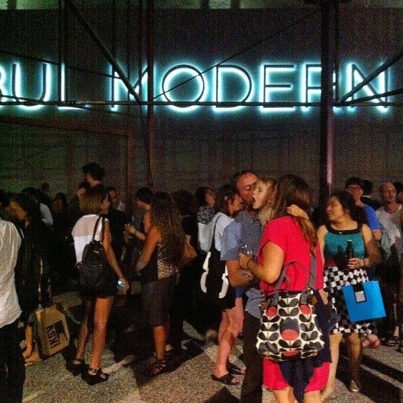 Открытие стамбульской биеннале