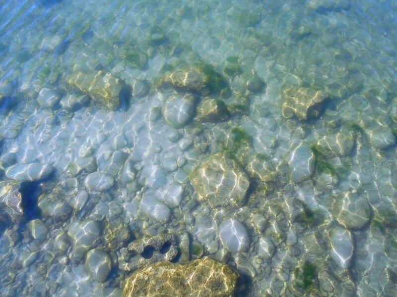 Прозрачность мартовской спокойной воды Азовского моря ... DSCN1266.JPG