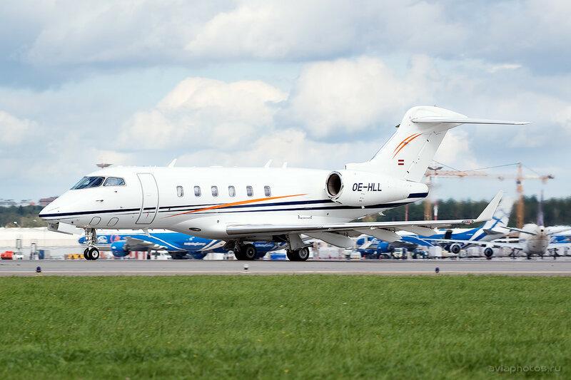 Bombardier BD-100-1A10 Challenger 300 (OE-HLL) International Jet Management 200_D807365