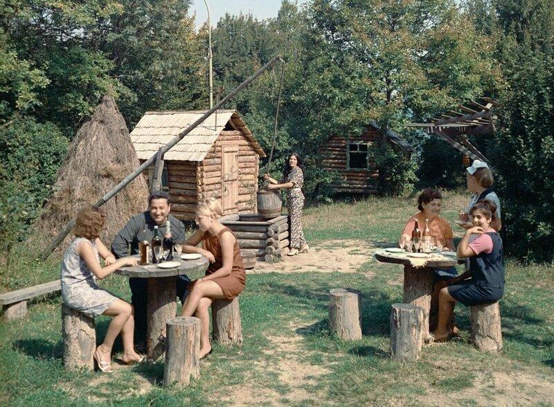 """Ресторан """"Зелёный попугай"""" В Сочи, 1978"""