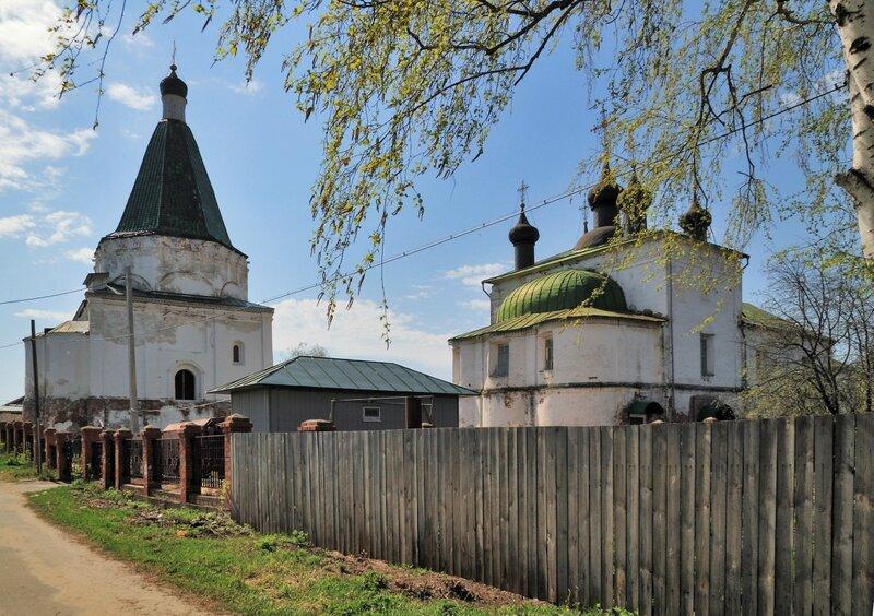 Бывший Покровский монастырь в Балахне
