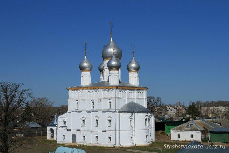 Ростов Великий, Преображенский Собор