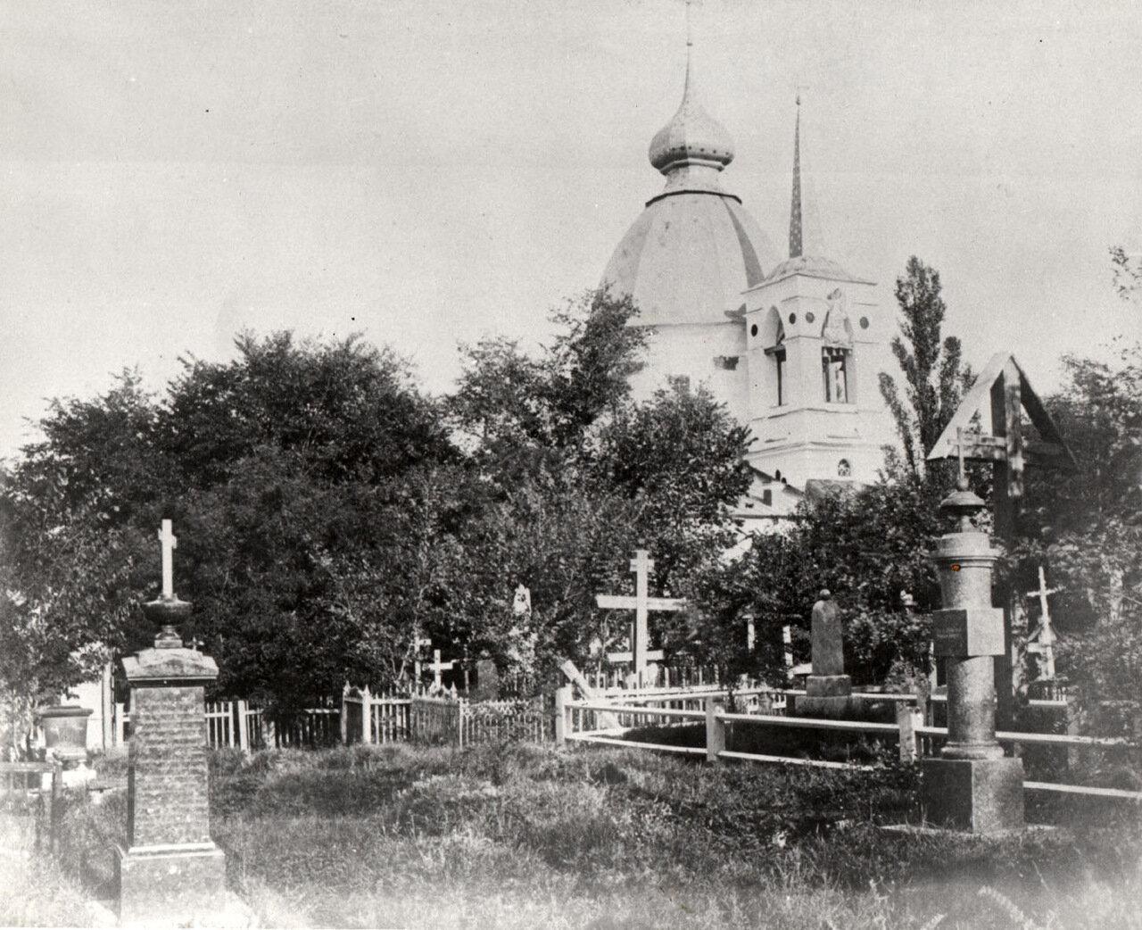 Кладбищенская церковь на Щекавицком староверческом кладбище.