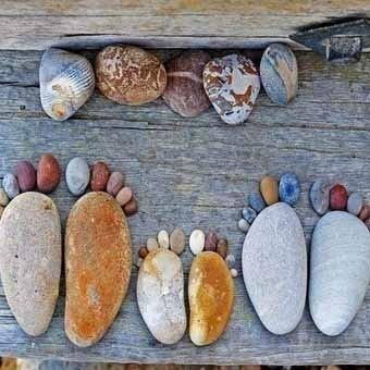 Фигуры из камней