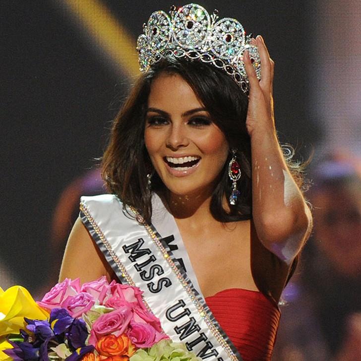 Химена Наваррете, Мексика. «Мисс Вселенная — 2010». 22 года, рост 174 см, параметры фигуры 88?60