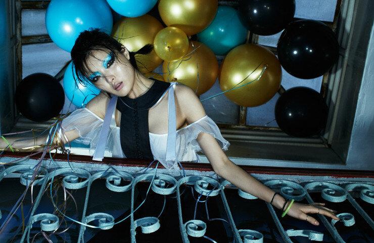 sunghee-kim-by-ed-singleton-for-w-magazine-december-2015