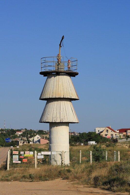 Первый маяк