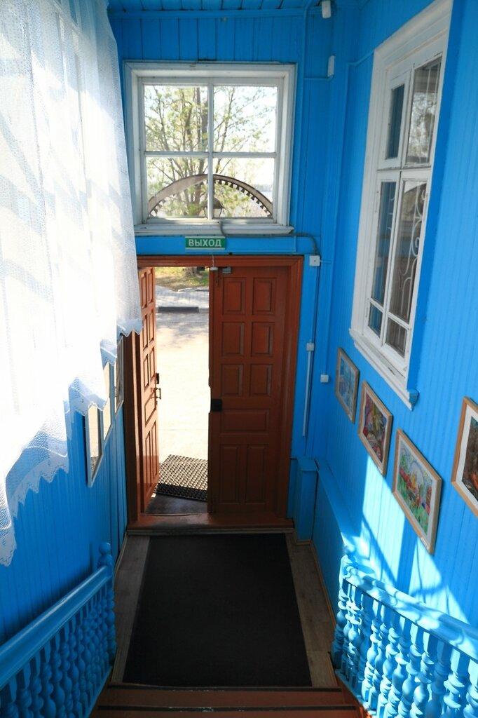 Музей самоваров, крыльцо