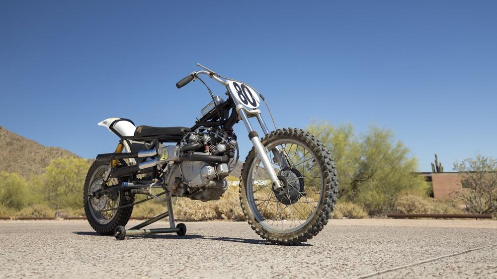 Старинный мотоцикл Vincent Rapide Series B Hillclimber 1948