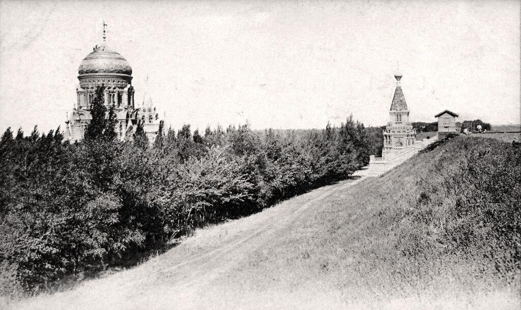 Храм и часовня в Борках.