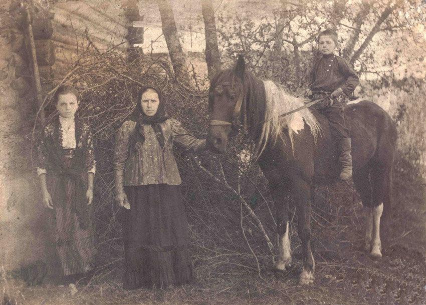 В Большом Починке Солигаличского района.1910.