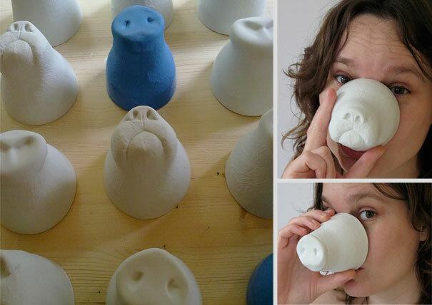 Обычная на первый взгляд чашка от дизайнера Jorine Oorsterhoff при поднесении с губам превращает человека в свинью или собаку