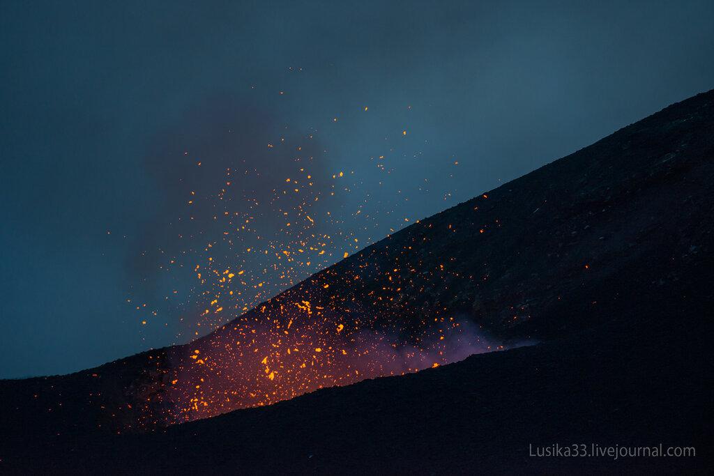 eruption, kamchatka, lava, tolbachik, volcano, вулкан, извержение, камчатка, лава, пещера, толбачик
