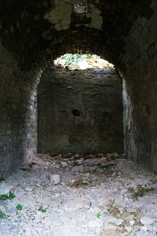 Внутри одного из помещений