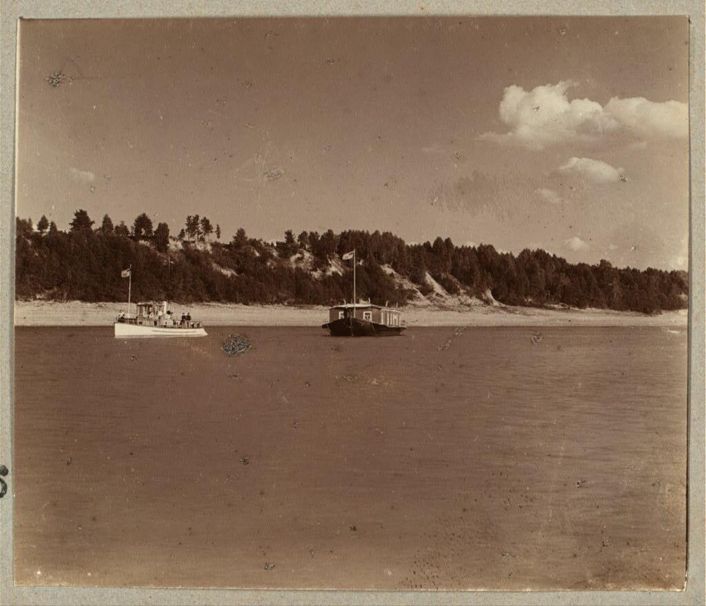 На Волге под г. Романовым. 1910