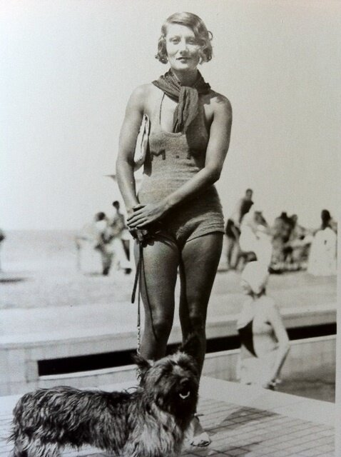 Rina Rochas September 1930 by Seeberger Brothers.jpg